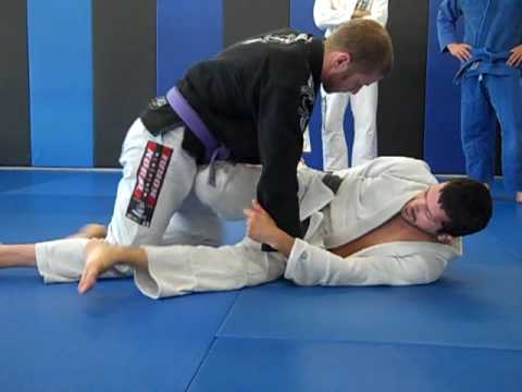 Dave Camarillo Shows the Scissor Sweep in great detail!