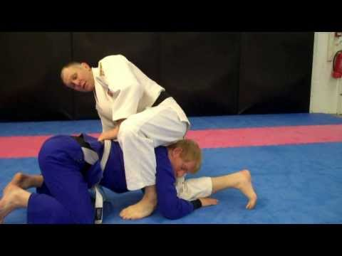 Judo Triangle Choke- By British Coach Wayne Lakin