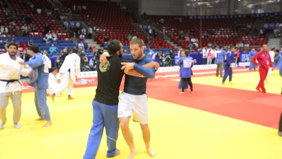 Ilial Iliadis World Judo Champion Warms up With No Gi Grappling- Before Judo!